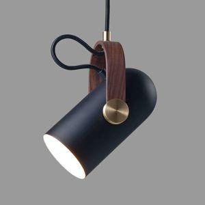LE KLINT Carronade M – závesná lampa v čiernej